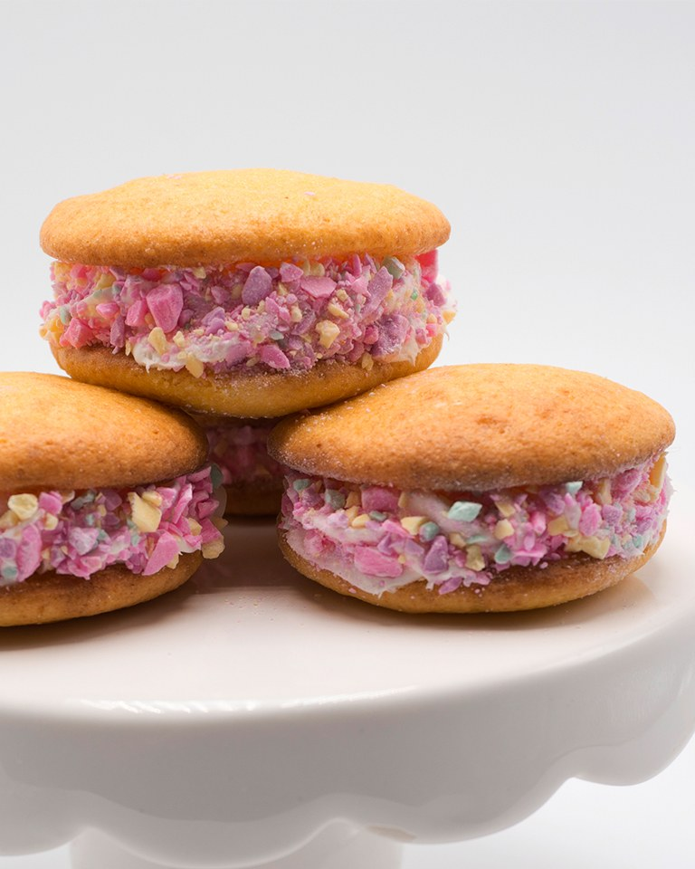 Brach's Conversation Heart Whoopee Pies